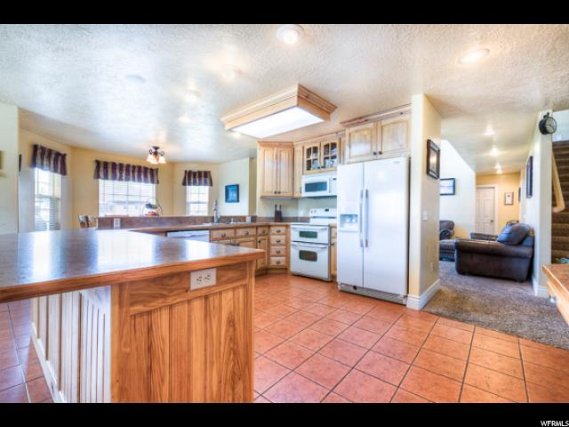 921 N 2000 Vernal, UT 84078 - MLS #: 1495772