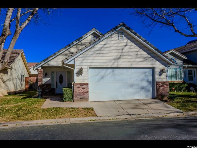 Maison accolée pour l Vente à 351 VALLEY Drive 351 VALLEY Drive Unit: 5 St. George, Utah 84770 États-Unis