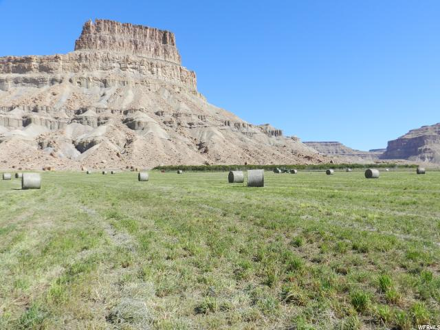 Additional photo for property listing at 7000 N LONG Street 7000 N LONG Street Green River, Utah 84525 Estados Unidos