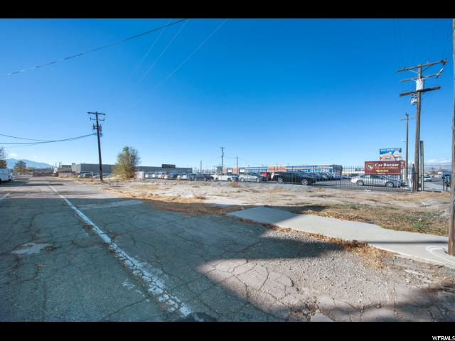 Additional photo for property listing at 3666 S STATE Street 3666 S STATE Street South Salt Lake, Utah 84115 États-Unis