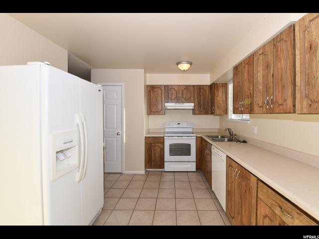 3227 W TYSONBROOK CT Taylorsville, UT 84129 - MLS #: 1496379
