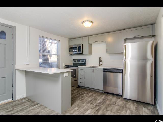 Appartement en copropriété pour l à louer à 2570 E 3300 S 2570 E 3300 S Unit: 4 Salt Lake City, Utah 84109 États-Unis