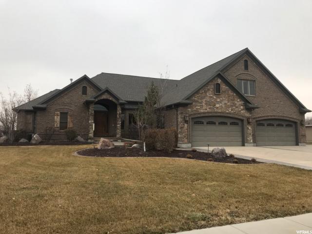 单亲家庭 为 销售 在 13011 S 1300 W 13011 S 1300 W 里弗顿, 犹他州 84065 美国