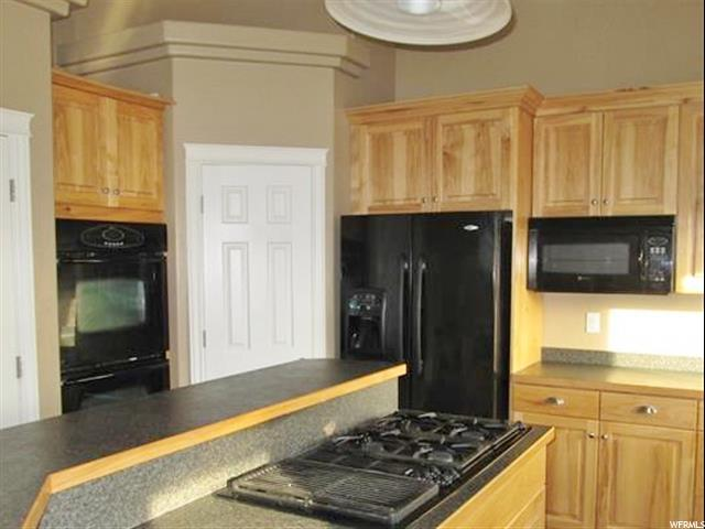 Additional photo for property listing at 310 S 6700 E BRUSH CREEK Road 310 S 6700 E BRUSH CREEK Road Vernal, 犹他州 84078 美国