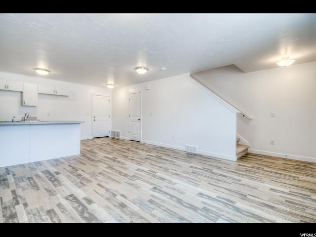 5266 W BRIOSO CT Unit 1090 Herriman, UT 84096 - MLS #: 1497115