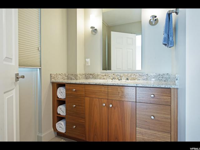 910 S DONNER WAY Unit 702 Salt Lake City, UT 84108 - MLS #: 1497275