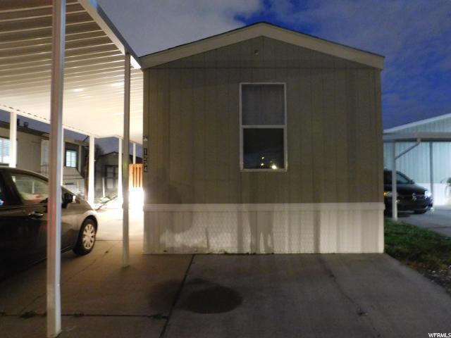 Maison unifamiliale pour l Vente à 1234 W CJ WAY 1234 W CJ WAY West Valley City, Utah 84119 États-Unis