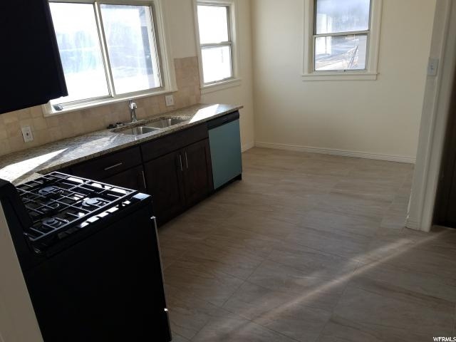 Additional photo for property listing at 2865 MADISON Avenue 2865 MADISON Avenue 奥格登, 犹他州 84403 美国