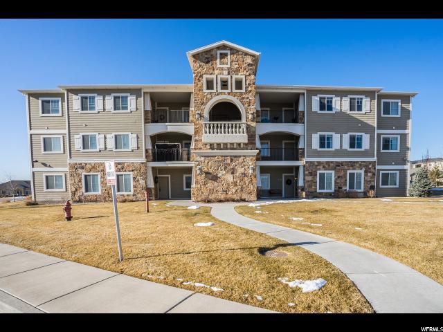 Кондоминиум для того Продажа на 1962 N CREST Road 1962 N CREST Road Saratoga Springs, Юта 84045 Соединенные Штаты