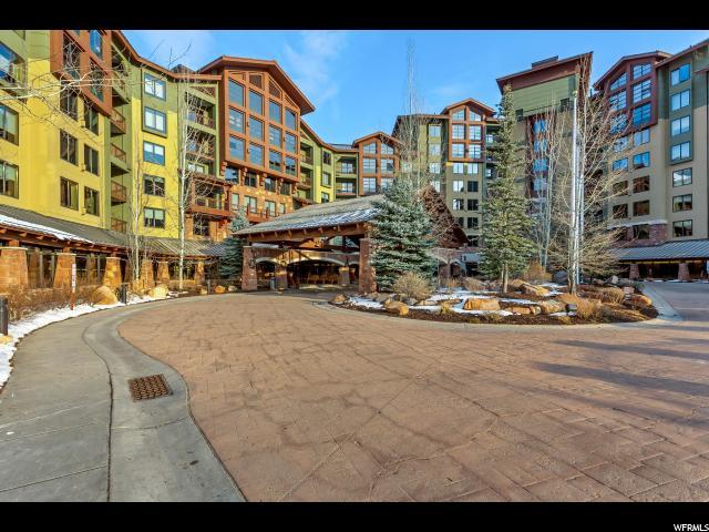 Condominium for Sale at 3855 GRAND SUMMIT Drive 3855 GRAND SUMMIT Drive Unit: 323-25 Park City, Utah 84098 United States