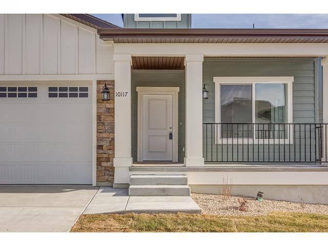 شقة بعمارة للـ Sale في 10117 S GLENMOOR Drive 10117 S GLENMOOR Drive Unit: 2 South Jordan, Utah 84095 United States