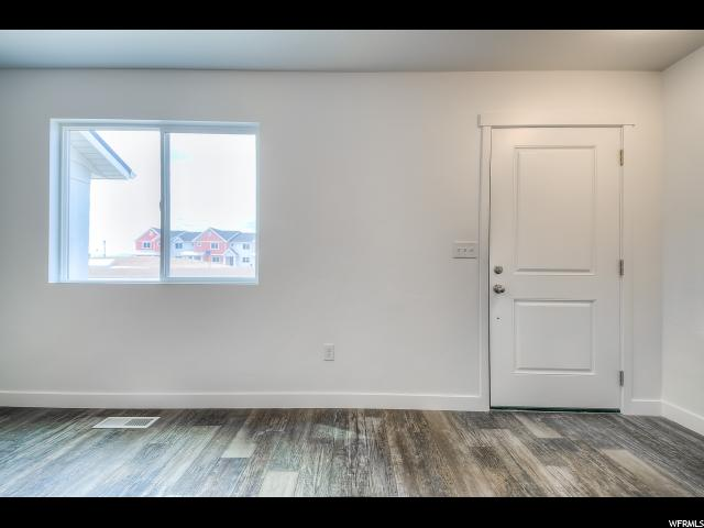Additional photo for property listing at 5158 W BRIOSO Court 5158 W BRIOSO Court Unit: #1087 Herriman, Utah 84096 États-Unis