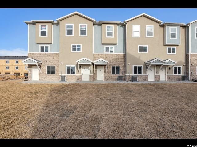 Duplex pour l Vente à 91 E 670 N 91 E 670 N Unit: 28 Vineyard, Utah 84058 États-Unis