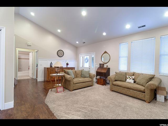 427 W RAWLINS CIR Centerville, UT 84014 - MLS #: 1498285