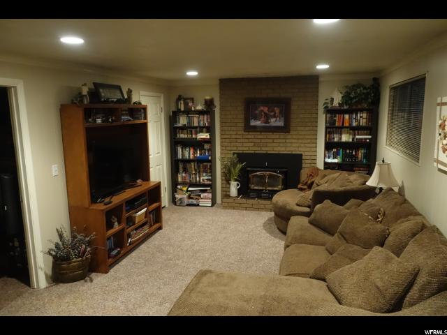 Additional photo for property listing at 68 E BONITA WAY 68 E BONITA WAY Centerville, Utah 84014 États-Unis