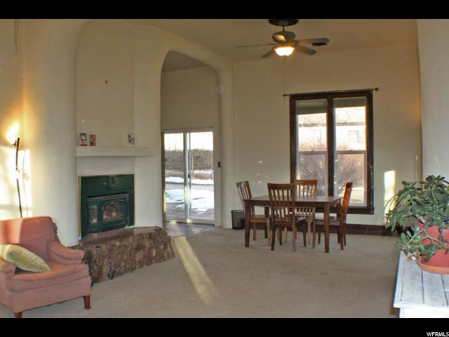 Additional photo for property listing at 189 E 200 N 189 E 200 N Moab, Utah 84532 United States