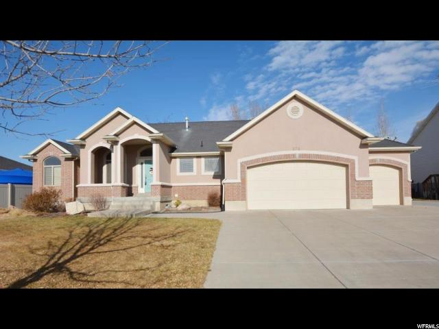 Single Family for Sale at 878 W 2100 S 878 W 2100 S Woods Cross, Utah 84087 United States