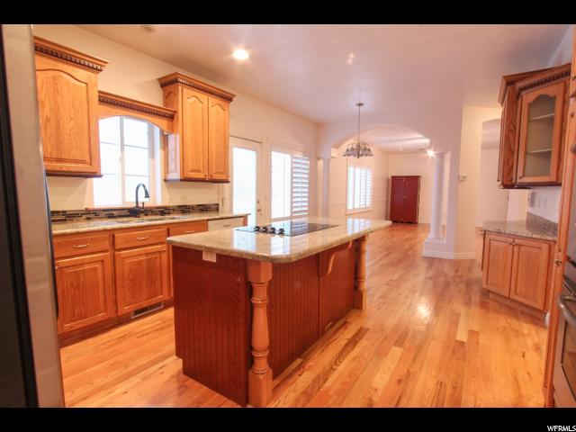 1001 E SPRINGWOOD DR North Salt Lake, UT 84054 - MLS #: 1498431