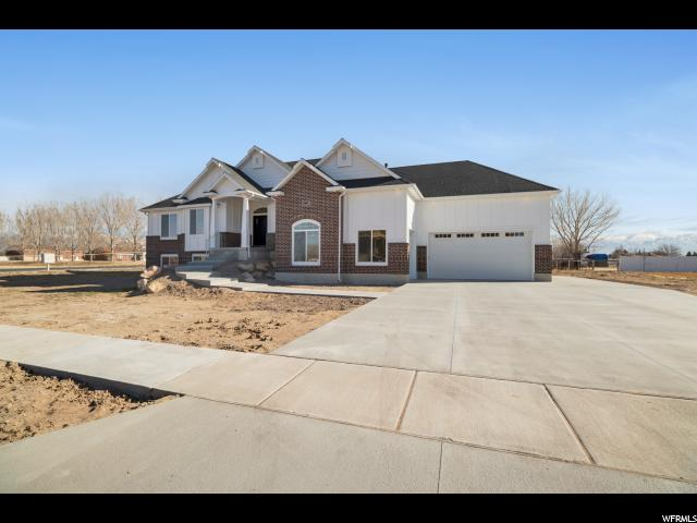 Single Family for Sale at 4608 S 5600 W 4608 S 5600 W Hooper, Utah 84315 United States