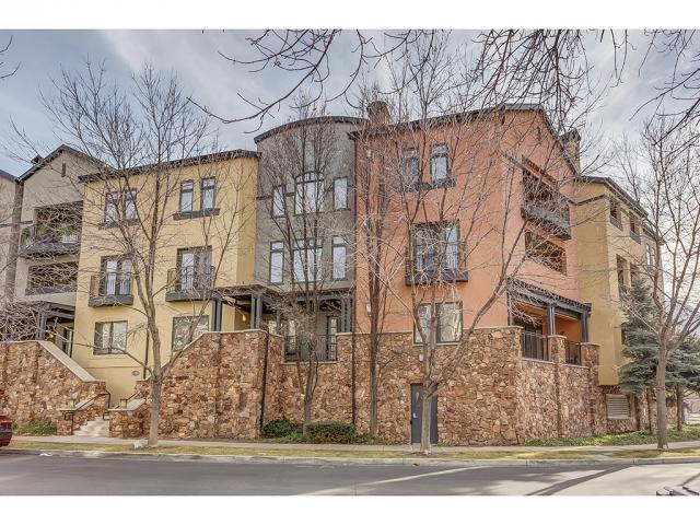Appartement en copropriété pour l Vente à 5005 N EDGEWOOD Drive 5005 N EDGEWOOD Drive Unit: 106 Provo, Utah 84604 États-Unis