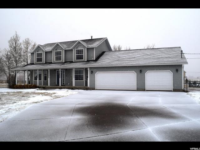 单亲家庭 为 销售 在 5970 S 5500 W 5970 S 5500 W Hooper, 犹他州 84315 美国
