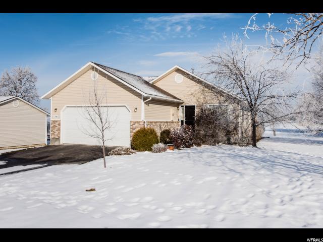 Unique la famille pour l Vente à 195 E 300 N 195 E 300 N Millville, Utah 84326 États-Unis
