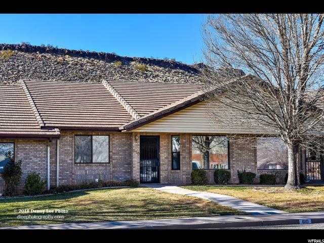 Maison accolée pour l Vente à 610 S 100 W 610 S 100 W Unit: 2 St. George, Utah 84770 États-Unis
