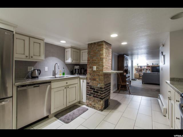 5165 S 900 Murray, UT 84117 - MLS #: 1498813