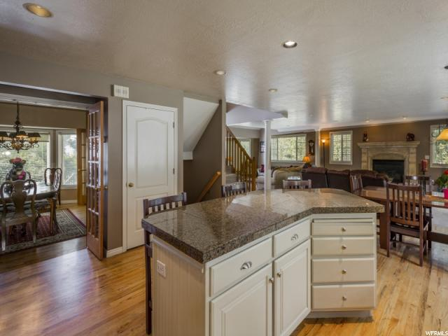 2949 E OAK PARK LN Holladay, UT 84117 - MLS #: 1499009