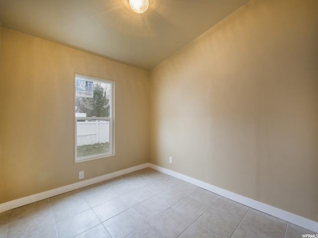 3426 S MOCKINGBIRD WAY West Valley City, UT 84119 - MLS #: 1499025