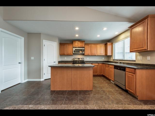 3304 SENTINEL HILL CT West Valley City, UT 84128 - MLS #: 1499230