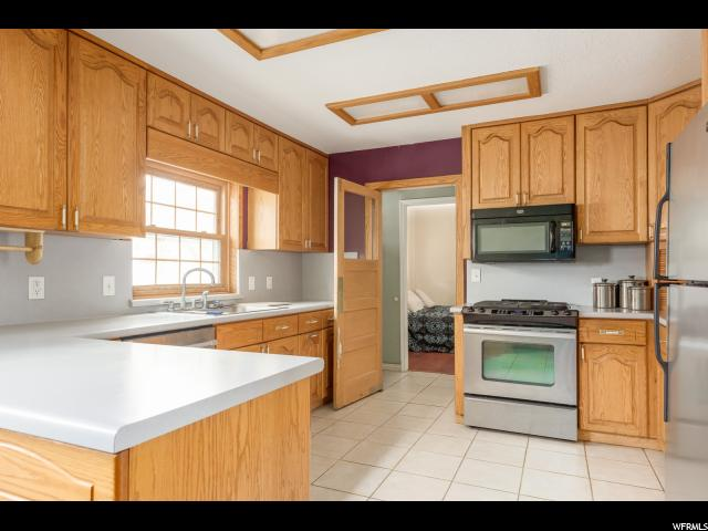 740 N 200 Bountiful, UT 84010 - MLS #: 1499245
