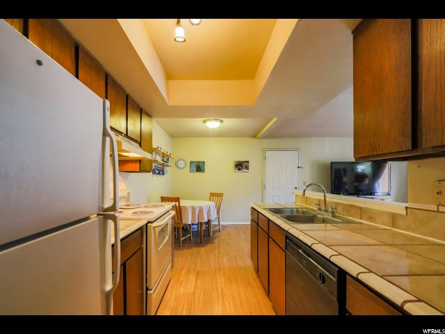 7204 S STATION CREEK WAY Unit 4 I Cottonwood Heights, UT 84047 - MLS #: 1499434