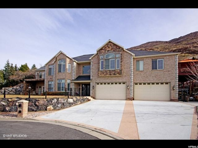 Single Family for Sale at 2312 E BEAR HILLS Court 2312 E BEAR HILLS Court Draper, Utah 84020 United States