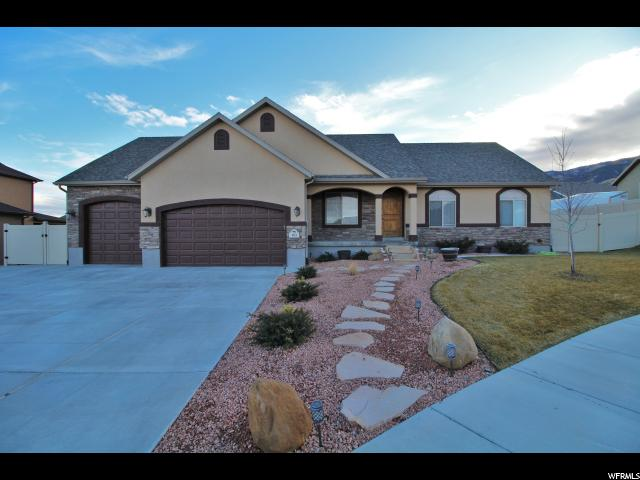 Single Family for Sale at 183 W SWEETBRIAR Lane 183 W SWEETBRIAR Lane Saratoga Springs, Utah 84045 United States
