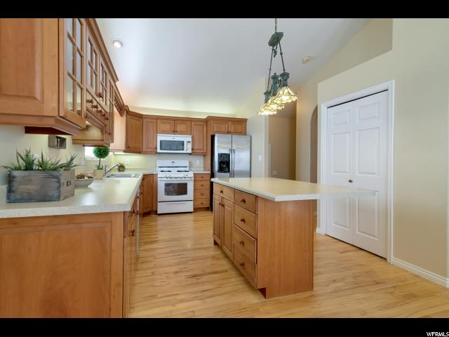 160 N PARK CIR Elk Ridge, UT 84651 - MLS #: 1499739