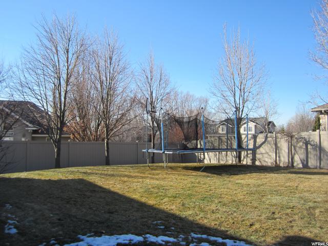 1715 E RIDGEVIEW CIR Layton, UT 84040 - MLS #: 1499815