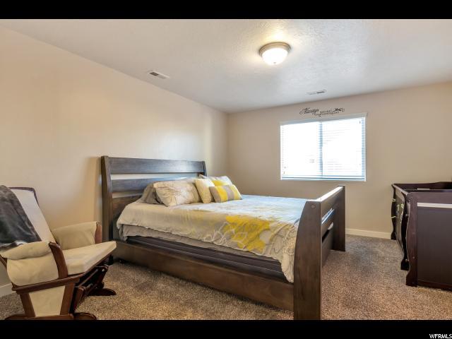 934 W STONEHAVEN DR North Salt Lake, UT 84054 - MLS #: 1499870