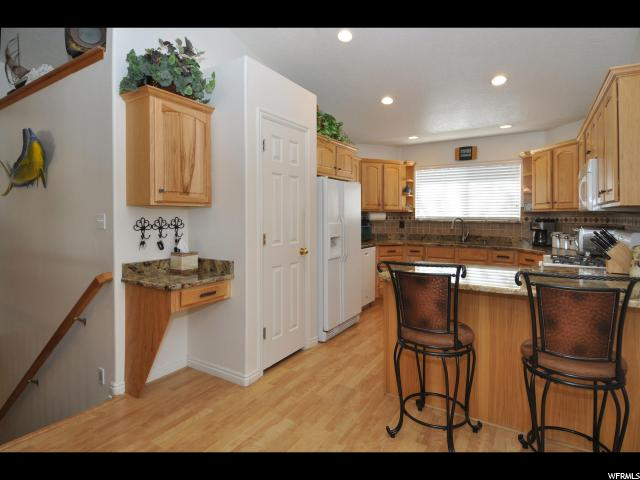 4276 COUNTRY CROSSING CT South Jordan, UT 84009 - MLS #: 1499871