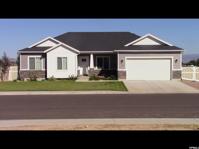 Single Family for Sale at 913 S 250 W 913 S 250 W Vernal, Utah 84078 United States
