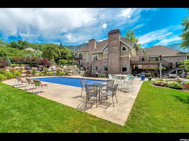 Single Family للـ Sale في 5709 S REGENCY Drive 5709 S REGENCY Drive Ogden, Utah 84403 United States