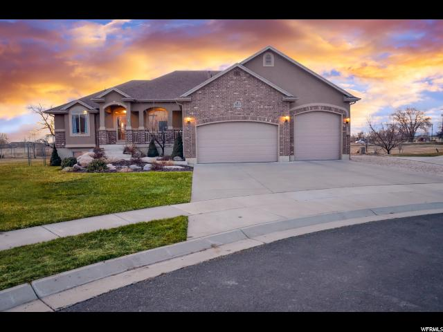 Single Family for Sale at 5063 W 5350 S 5063 W 5350 S Hooper, Utah 84315 United States
