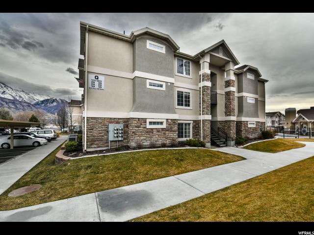 共管式独立产权公寓 为 销售 在 1225 W DALLIN 1225 W DALLIN Unit: Q104 Pleasant Grove, 犹他州 84062 美国