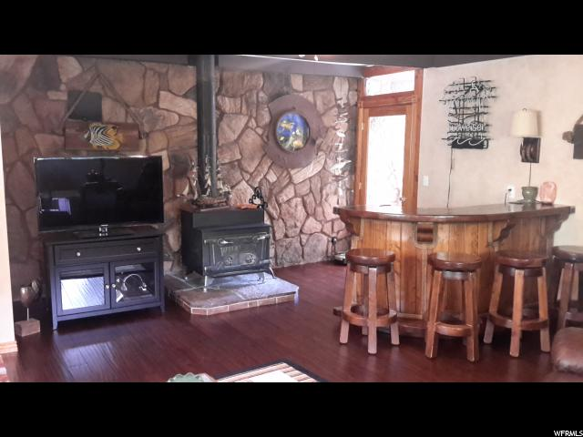 2041 E LINCOLN LN Holladay, UT 84124 - MLS #: 1500427