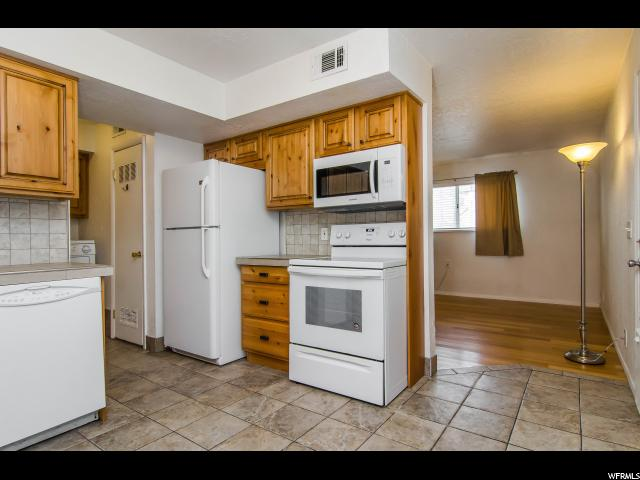 1829 W HOMESTEAD FARMS LN Unit 3 West Valley City, UT 84119 - MLS #: 1501008