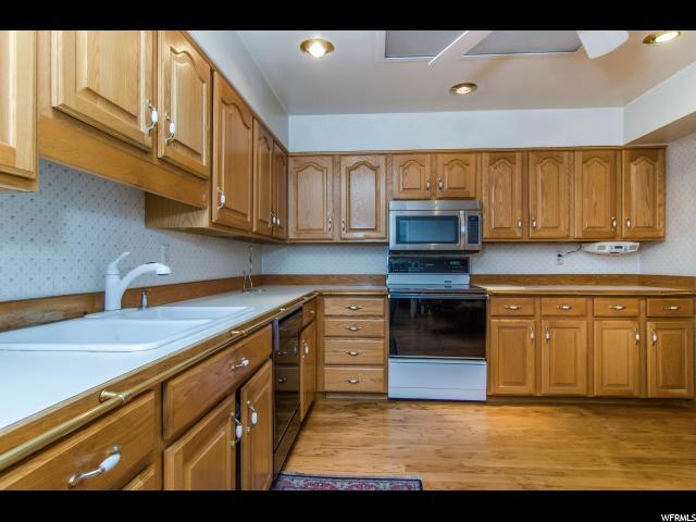 2718 S HIGHLAND DR Unit 10 Salt Lake City, UT 84106 - MLS #: 1501111