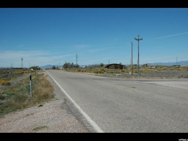 土地,用地 为 销售 在 600 E HWY 56 600 E HWY 56 Beryl, 犹他州 84714 美国