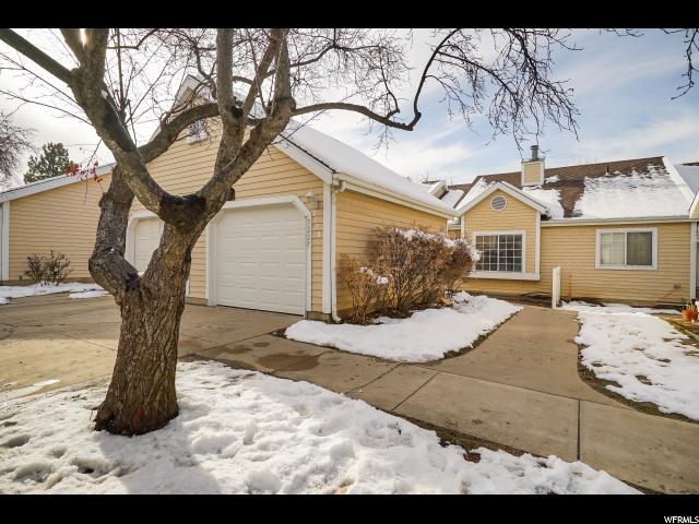 شقة بعمارة للـ Sale في 3228 S PLUM TREE Lane 3228 S PLUM TREE Lane Unit: 6 Bountiful, Utah 84010 United States