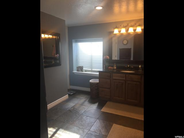 1781 E SPLIT MT DR Naples, UT 84078 - MLS #: 1501353