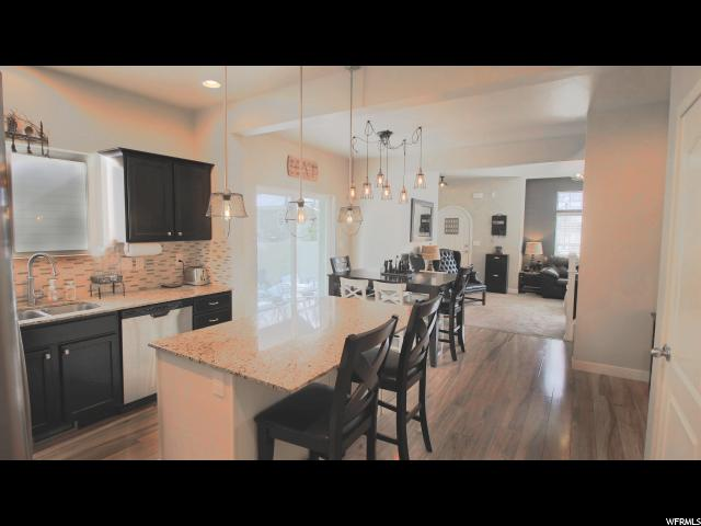 272 E PORTER VIEW CT Draper, UT 84020 - MLS #: 1501576